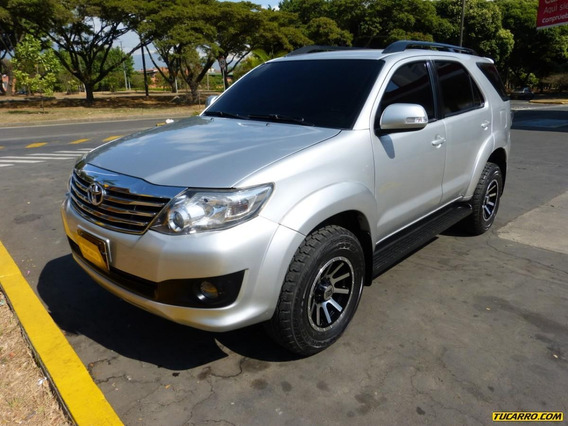 Toyota Fortuner At 2700 4x2 7psj