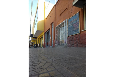 Local Comercial 18m2,1 Baño, Frente Mercado Abasto