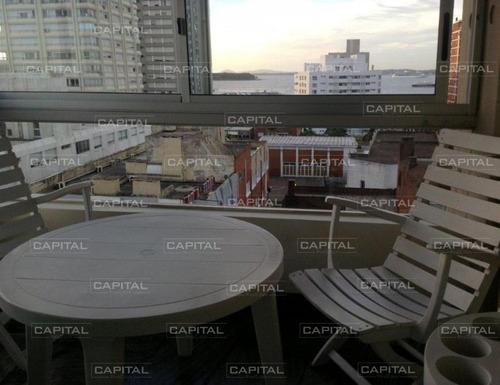 Apartamento En Punta Del Este + Tres Dormitorios -ref:25100