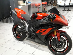 Yamaha R1 De Pista