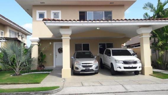 Brisas Del Golf Villa Alta 325mts *ppz1983*
