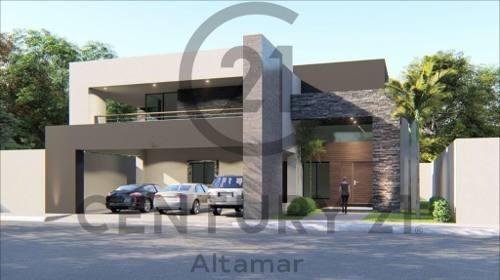 Venta De Residencia De Lujo Estilo Minimalista, Col. El Charro, Tampico, Tamaulipas.