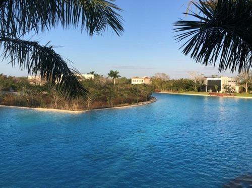 Preventa Residencia En Yucatan Country Club, Privada Xpokin Lote 62