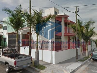 Casa En Lomas De San Eugenio A La Venta