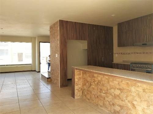 Renta Casa Nueva Monte Vento