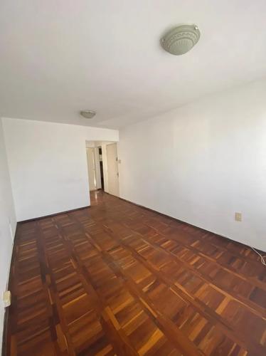 Apartamento Dos Dormitorios. Alquiler. La Blanqueada.