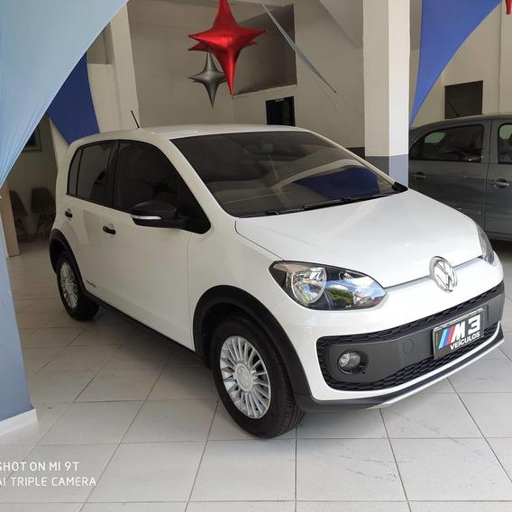 Volkswagen Up! 2017 1.0 Track 5p