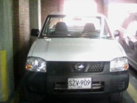 Camioneta Nissan D22np300 Pickup Mod.2012 - Blanca