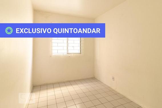 Apartamento No 1º Andar Com 2 Dormitórios E 1 Garagem - Id: 892960860 - 260860