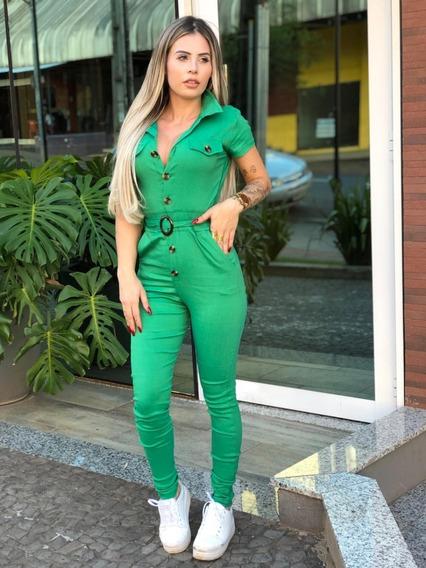 Macacão Longo Jardineira Decote Botões Madeira Bolso Moda