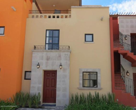 Casa En Venta En Zirandaro, San Miguel Allende, Rah-mx-20-1972