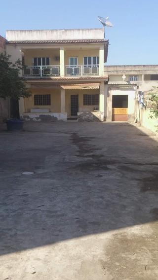 Casa No Centro De Queimados Rj