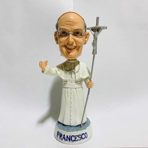 Papa Francisco Bobble Head Tipo Funko