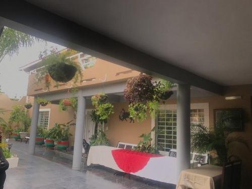 Se Renta Casa Amueblada En Rosarito