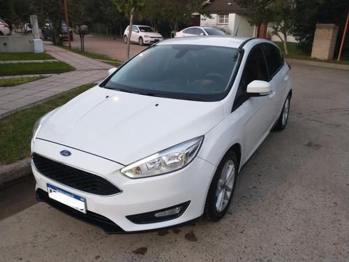 Ford Focus S 1.6 16 V Hatchback