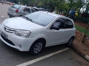 Toyota Etios 1.3 16v Xs 5p