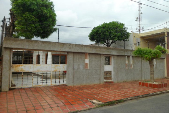 Casa La Coromoto . Elva Gonzalez