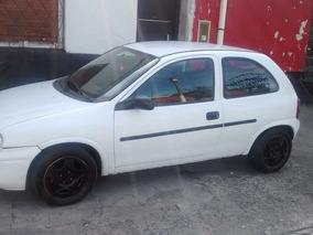 Chevrolet Corsa Classic Gl 1.6 3p Aa Dh
