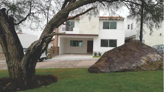 Lomas De La Vista En La Vista Residencial 3 Rec Con Baño C/u