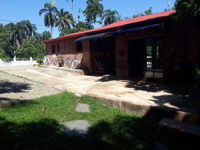 Villa La Vega Burende