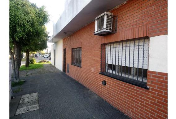 Casa En Venta En El Palomar 5 Ambientes Con Garage
