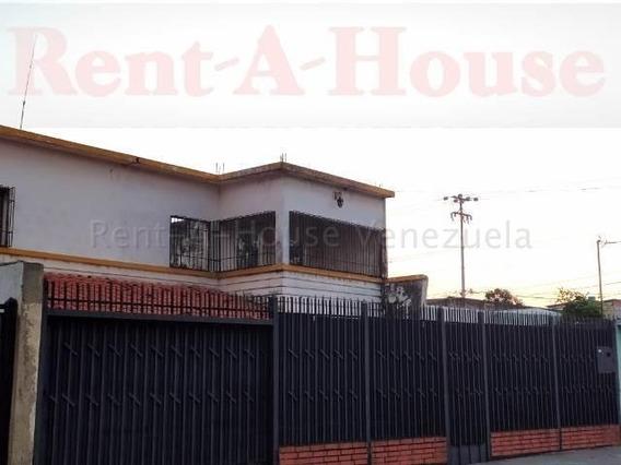 Casa En Alquiler En Zona Centro Barquisimeto 20-22908 Nd