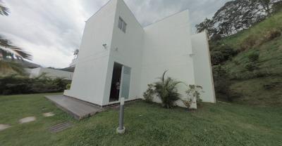 Vendo Casa En Condominio Bambú- La Vega