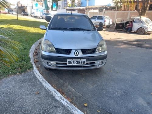 Renault Clio Sedan 2005 1.0 16v Privilège 4p