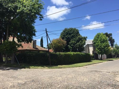 Casa En Venta En 51 Esq 7 Villa Elisa - Alberto Dacal Propiedades