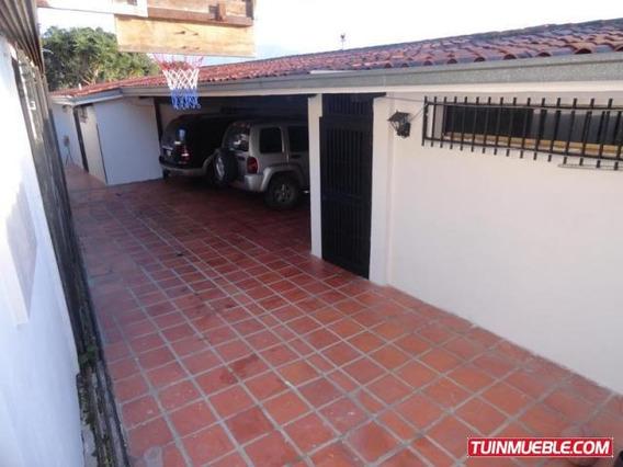Amplia Casa En Venta En Gavilán, El Hatillo