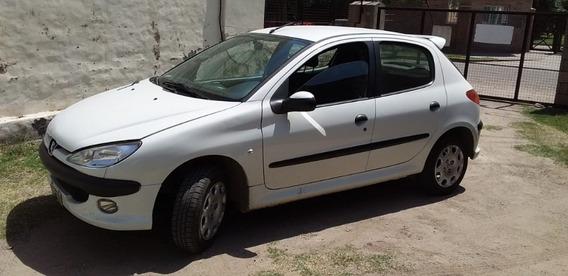 Vendo Contado Peugeot 206 X-line 1.4 5p Año 2007