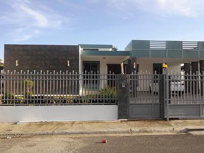 Casa En Urbanización Privada Con Piscina , Jacuzzi Y Bbq