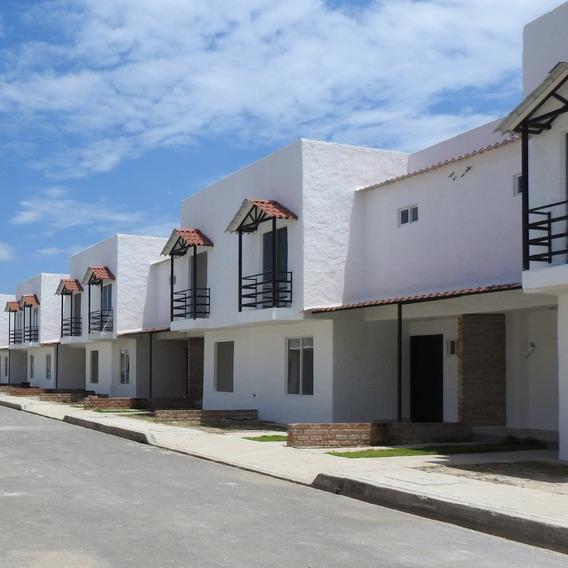 Casa En Venta En Urbanización