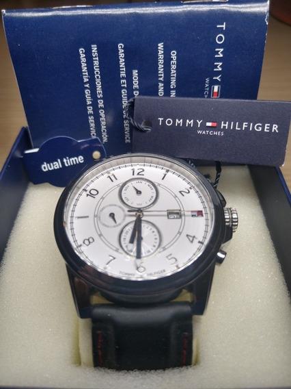 Relógio Tommy Hilfiger Fundo Branco Pulseira Silicone