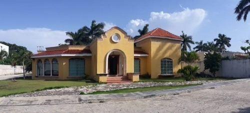 Casa Tipo Hacienda En Privada Kin Tunich En Dzitya