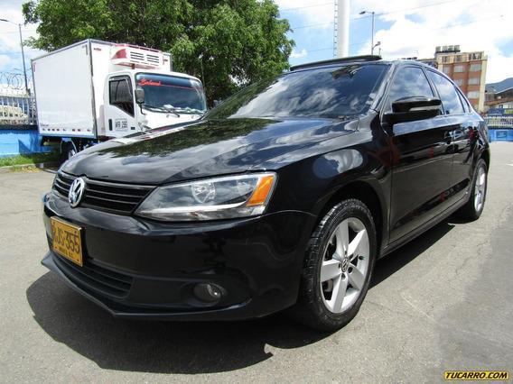 Volkswagen Nuevo Jetta Confortline Tp Aa Full Equipo