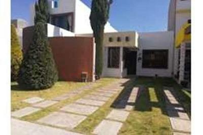 Casa Residencial En Venta $1,700,000 En Sendero De Los Pinos, Pachuca, Hidalgo