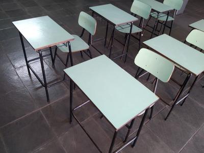 Carteira E Cadeira Escolar