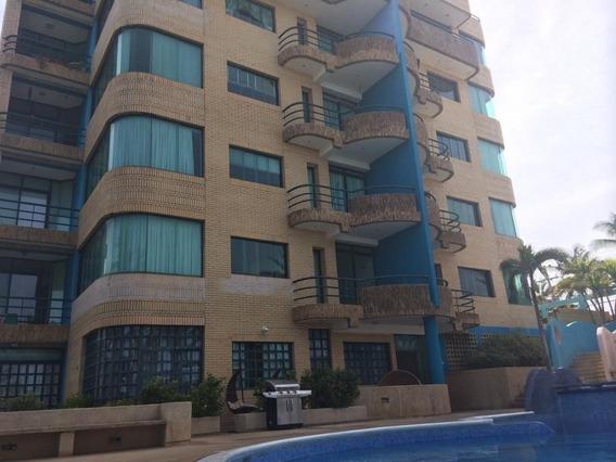Apartamento En Playa El Agua, Isla De Margarita 0424 8255686