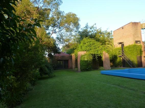 Casa En Alquiler 2 Dormitorios, Gonnet Calle 14 N3955