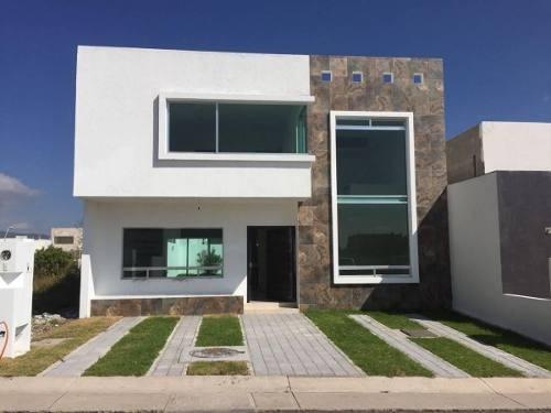 Hermosa Residencia En El Condado, Roof Garden, Jardín, 3 Recaras, Sala Tv, Lujo