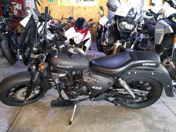 Motofeel Keeway 200 2019