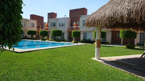 Casa Amueblada En Venta Tezoyuca, Emiliano Zapata, Morelos.