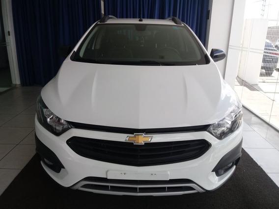 Chevrolet Onix 1.4 Mpfi Activ 8v Flex 4p Manual 2017/2017