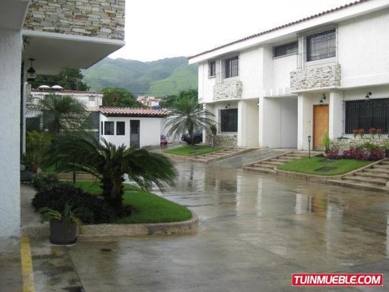 Town House En Venta Las Delicias Maracay 19-9327 Hcc