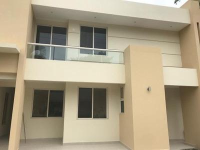 Casa Residencial Nueva En Renta, Col. Sierra Morena, Tampico, Tamaulipas.