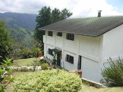 Venta De Casa En La Colonia Tovar Aragua. Ndd