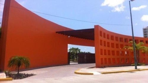 (crm-92-3164) Estado De Guerrero Acapulco Granjas Del Marqués Edificio Comercial Y Habitacional En Venta