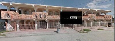 Edificio En Venta Para Inversión Con Departamentos Semiamueblados