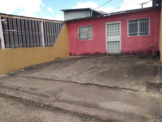 Casa En Venta En Urb. Andrés Eloy Blanco Vía La Pica